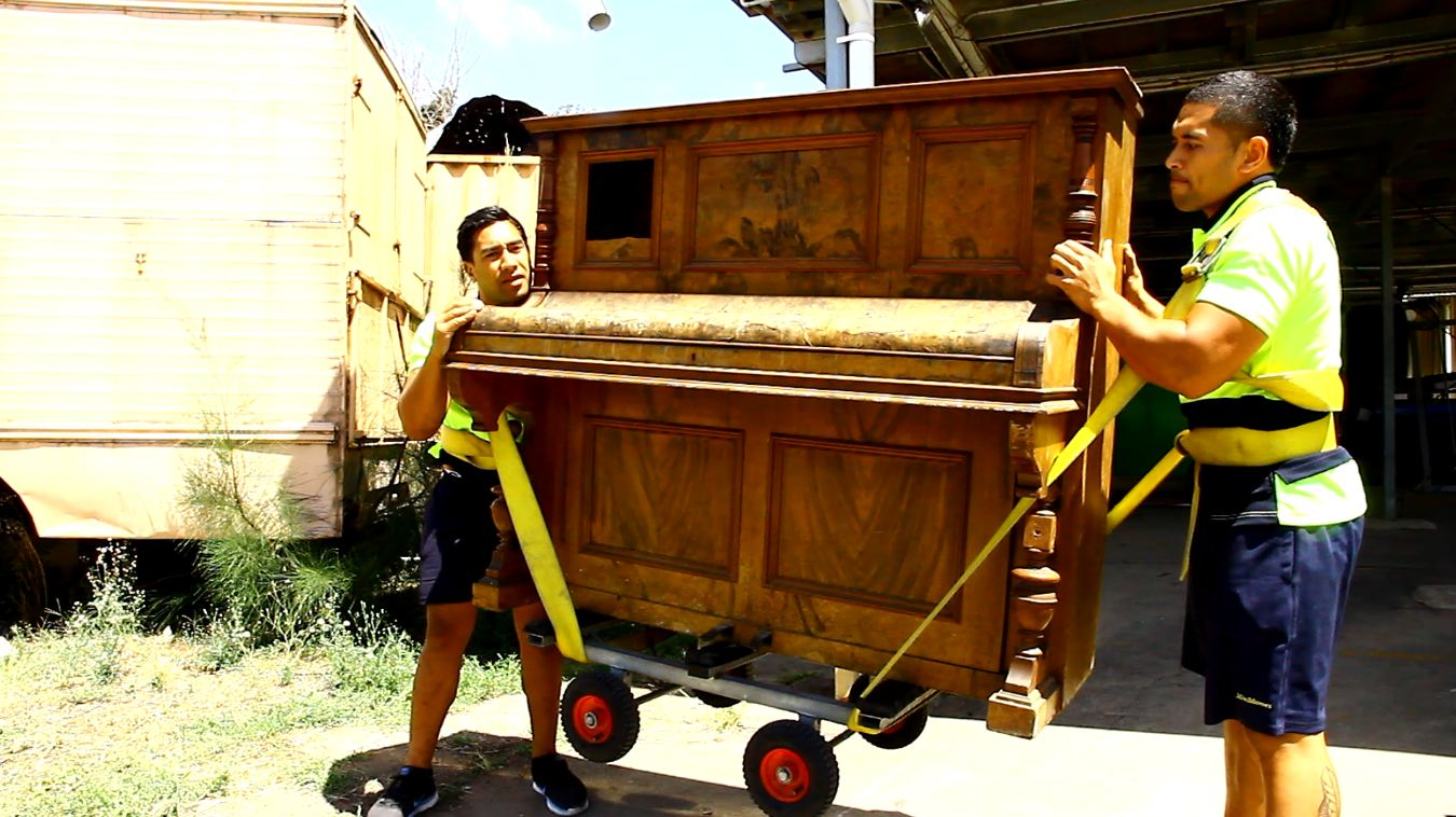 Piano Movers Pooltable Movers MiniMovers - Easy way to move a pool table
